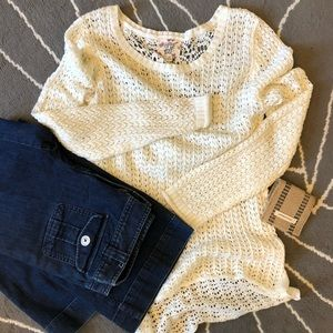 Light Hippie Rose Sweater